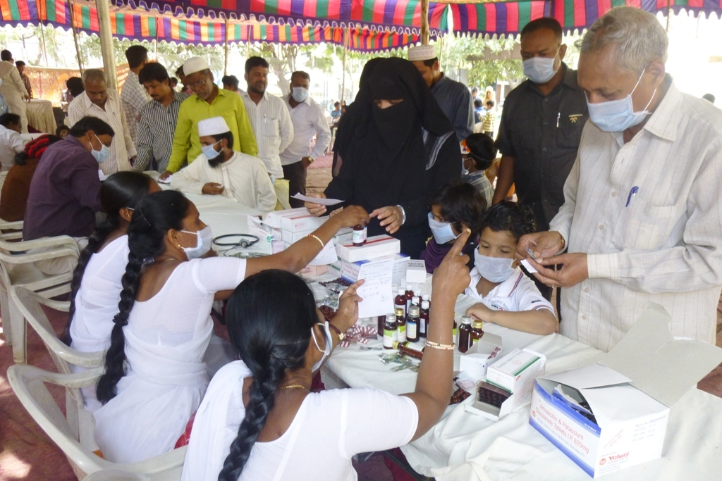 M Tameem Chairman hro  organised swine flu awareness medical camp 5